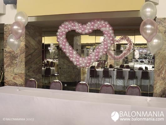Balon dekoracija Srce od balona